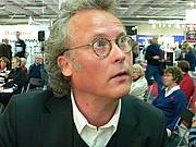 Författarporträtt. http://sv.wikipedia.org/wiki/Klas_%C3%96stergren Klas Östergren at Gothenburg Book Fair 2007, Klas Östergren på Bok- och biblioteksmässan 2007 by Hannibal.