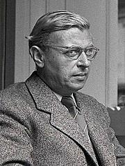 Kirjailijan kuva. Jean-Paul Sartre in 1940.