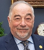 """Author photo. American radio host Michael Savage visits the White House in 2018. Public Domain, <a href=""""//commons.wikimedia.org/w/index.php?curid=68712630"""" rel=""""nofollow"""" target=""""_top"""">https://commons.wikimedia.org/w/index.php?curid=68712630</a>"""