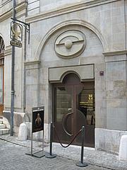 Författarporträtt. Musée Barbier-Mueller, Geneva