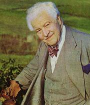 Author photo. André L. Simon