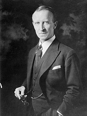 Author photo. Via <a href=&quot;http://en.wikipedia.org/wiki/Image:Tweedsmuir.jpg&quot;>Wikipedia</a>