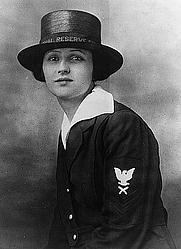 Author photo. Joy Bright Hancock, Yeoman First Class, USNR, Feb. 1918 (US Navy photograph, LoC Prints and Photographs, LC-USZ62-130925)