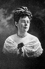 Author photo. Beatrice Grimshaw, 1907. Unknown photographer.