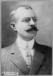 Author photo. Library of Congress Prints and Photographs Division (REPRODUCTION NUMBER: LC-USZ62-74386)
