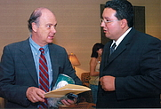 Author photo. Krauze (left) with Andrés Rodriguéz. Wikimedia Commons user <a href=&quot;http://commons.wikimedia.org/w/index.php?title=User:Andres_rod&action=edit&quot;>Andres rod</a> (Torréon, Mexico, 2006)