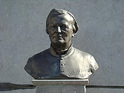 Author photo. Bust of Hugo Verriest, Roeselare, Belgium.  Photo by user Foroa / Wikimedia Commons.