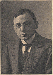 Author photo. Photograph by Vinkenbos & Dewald (1914)