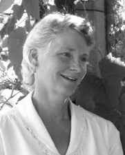 Author photo. Linda Ziedrich (Harvard Common Press)