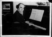 Author photo. Victor Kravchenko, 8 April 1949. Photo © <a href=&quot;http://www.bildarchiv.at/&quot;> ÖNB/Wien </a>