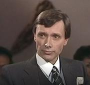 Author photo. Guy Chaussinand Nogaret le 2 avril 1982 lors de l'émission TV littéraire 'Apostrophe' ayant pour thème 'Le siècle des lumières'