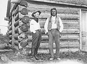 Author photo. public domain ca. 1913 Brininstool on left