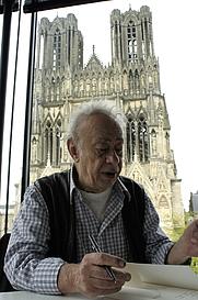 Author photo. V. Alexakis, dédicaces et entretient, médiathèque Jean Falala en 2013. By G.Garitan - Own work, CC BY-SA 3.0, <a href=&quot;https://commons.wikimedia.org/w/index.php?curid=26168877&quot; rel=&quot;nofollow&quot; target=&quot;_top&quot;>https://commons.wikimedia.org/w/index.php?curid=26168877</a>
