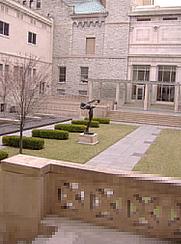 Author photo. Cincinnati Art Museum courtyard, March 2005; photo by Maria Boismain