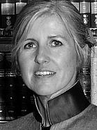 Author photo. Dr. Gabriele Praschl-Bichler