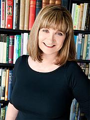 Author photo. Lucinda Brant, Author.
