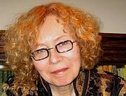 Author photo. Eva Stachniak