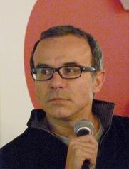 Author photo. Philippe Besson (né en 1967), lors de la présentation de son roman Retour parmi les hommes, le 22 janvier 2011 à la FNAC Montparnasse (Paris) by Siren-Com.