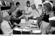 Author photo. Photo by Brigitta Braune.  (Deutsches Bundesarchiv  Bild 183-1989-0919-035)