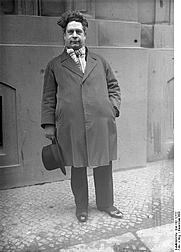 Author photo. Felix Timmermans, 1931. (Deutsches Bundesarchiv Bild 102-12722)