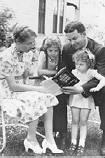 Author photo. C.W. Grafton with family (including daughter Sue Grafton as a small child)