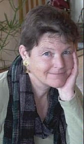 Author photo. Photograph from Elizabeth Cunningham's Amazon author page