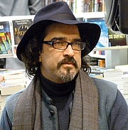 """Author photo. By Siren-Com - Own work, CC BY-SA 3.0, <a href=""""https://commons.wikimedia.org/w/index.php?curid=12265899"""" rel=""""nofollow"""" target=""""_top"""">https://commons.wikimedia.org/w/index.php?curid=12265899</a>"""