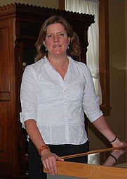 Author photo. Suzanne L. Flynt