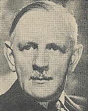 Author photo. Cropped scan of back cover of Penguin No.962. Photo attributed to John Vickers.