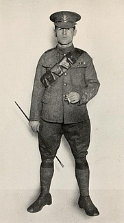 Author photo. Image from <b><i>&quot;Over the top&quot;</i></b> (1917) by Arthur Guy Empey