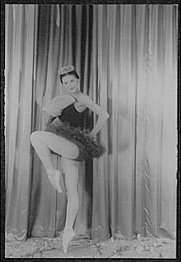 Author photo. Melissa Hayden, 1956. Photo by Carl Van Vechten. (Library of Congress Prints and Photographs Division LC-USZ62-103979)