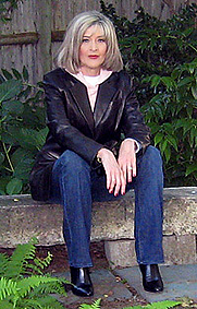 Author photo. Courtesy of Hank Phillippi Ryan