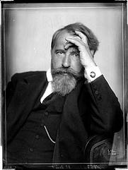 Author photo. Atelier Madame D'Ora (21 June 1915) / Photo © <a href=&quot;http://www.bildarchivaustria.at&quot;>ÖNB/Wien</a>