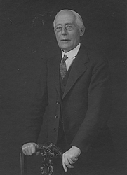 Author photo. Edward Jenks [credit: Library of the London School of Economics and Political Science]
