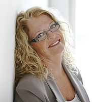 Author photo. By Alison Rosa - <a href=&quot;http://www.krisradish.com/&quot; rel=&quot;nofollow&quot; target=&quot;_top&quot;>http://www.krisradish.com/</a>, Attribution, <a href=&quot;https://commons.wikimedia.org/w/index.php?curid=30093483&quot; rel=&quot;nofollow&quot; target=&quot;_top&quot;>https://commons.wikimedia.org/w/index.php?curid=30093483</a>
