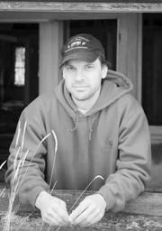 Author photo. TomGroneberg.com