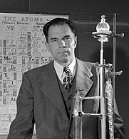 Author photo. U.S. Dept. of Energy (Wikimedia Commons)