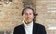 Author photo. <a href=&quot;http://www.danielzahno.ch&quot; rel=&quot;nofollow&quot; target=&quot;_top&quot;>www.danielzahno.ch</a>