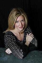 """Author photo. <a href=""""http://www.vjbooks.com/""""> www.vjbooks.com</a>"""