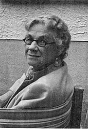 Author photo. Isaline Blew Horner. Pali Scholar. (Image from <a href=&quot;http://www.palitext.com/subpages/events.htm&quot; rel=&quot;nofollow&quot; target=&quot;_top&quot;>PTS</a>)
