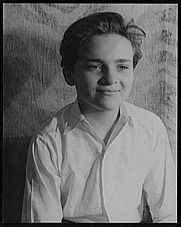 """Author photo. Photo by Carl Van Vechten, May 7, 1939, as Johnnie in """"My heart's in the Highlands"""" (Library of Congress, Carl Van Vechten Collection, Reproduction number: LC-USZ62-103658)"""