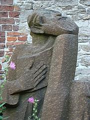 Author photo. Memorial to René de Clercq, Deerlijk, Belgium.  Photo by user Foroa / Wikimedia Commons.