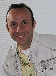 Author photo. By Chris38370 - Own work, CC BY-SA 3.0, <a href=&quot;https://commons.wikimedia.org/w/index.php?curid=18291338&quot; rel=&quot;nofollow&quot; target=&quot;_top&quot;>https://commons.wikimedia.org/w/index.php?curid=18291338</a>
