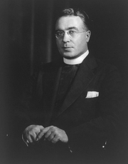 Author photo. Library of Congress Prints and Photographs Division (REPRODUCTION NUMBER: LC-USZ62-38494)