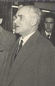 Author photo. Alberto Moravia. Il Modulo (encyclopedia), 1976. Wikimedia Commons.