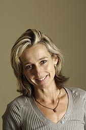 Author photo. <a href=&quot;http://www.harpercollins.co.uk&quot; rel=&quot;nofollow&quot; target=&quot;_top&quot;>www.harpercollins.co.uk</a>