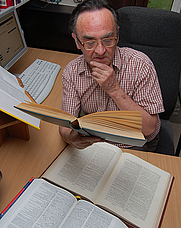 Author photo. Michael Quinion, via <a href=&quot;http://en.wikipedia.org/wiki/File:Michael_Quinion.jpg&quot; rel=&quot;nofollow&quot; target=&quot;_top&quot;>Wikipedia</a>