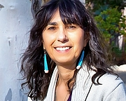 Author photo. Beverly Lanzetta