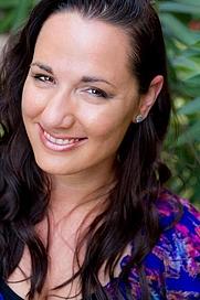 Author photo. Jennifer L. Armentrout