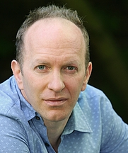 Author photo. Simon Sebag-Montefiore - Photo uncredited